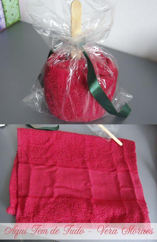 toalha enrolada tipo maçã do amor. AMEI MUITO!!!