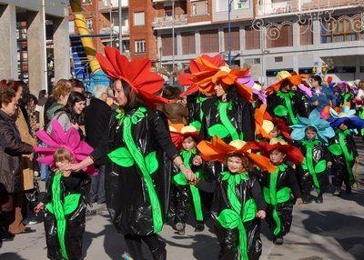Disfraces escolares: de flor | Aires de Fiesta