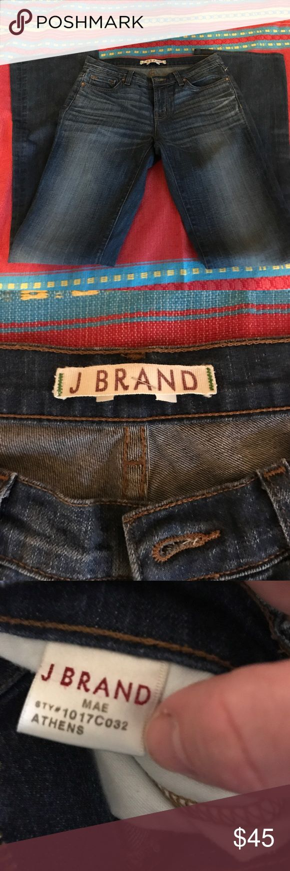 J Brand size 28 These are super cute w wedges! Wide leg used J brand jeans, no damage or stains, great condition! J Brand Jeans Flare & Wide Leg