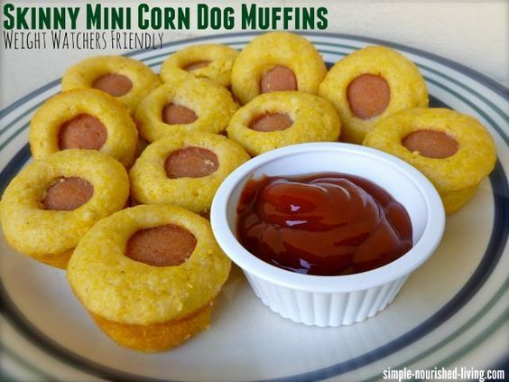Skinny mini corn dog muffins are an easy, healthy way to enjoy your corn dogs with just 83 calories and *2 Weight Watchers pointsplus