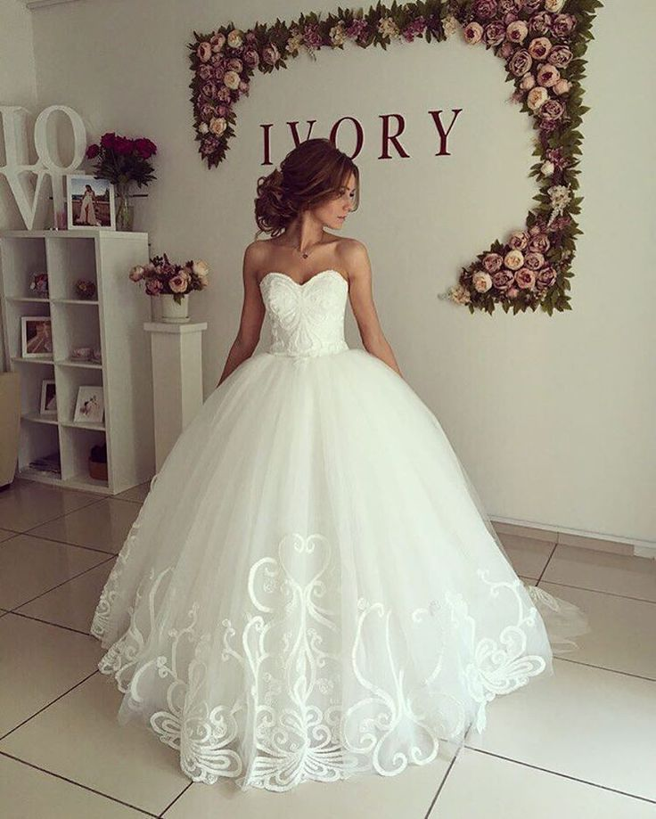 Pin by Pictagram on Wedding Dress in 2019 | Wedding gowns