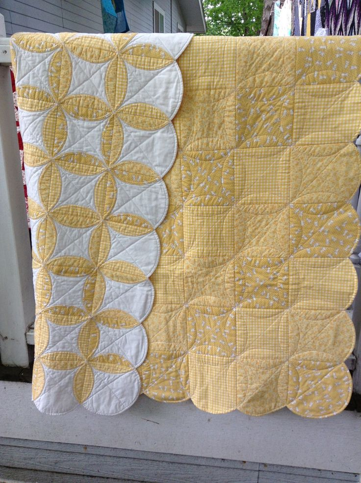 Orange Peel Quilt As You Go. https://americanschoolgirlsquilt.wordpress.com/page/6/