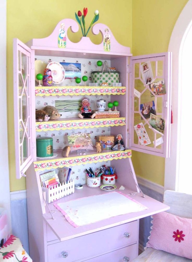 I would love this in a little girls room