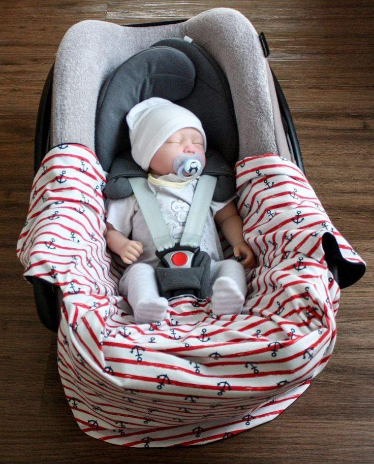 Inspirationen rund um Baby und Kleinkind – Unterwegs mit Einschlagdecke (mit Schnittmuster