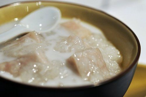 Chè khoai môn là món ăn thanh nhẹ và dễ làm. Đây là chi tiết hướng dẫn cách nấu chè khoai môn với nếp ngon và bổ dưỡng bạn có thẻ dễ dàng thực hiện tại nhà