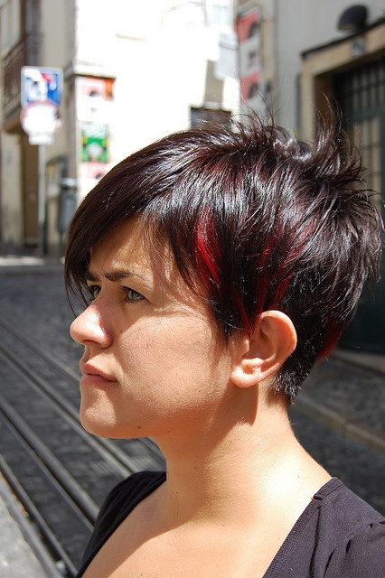 Bob With Red Highlights Short Dark Hair Sassy Hair
