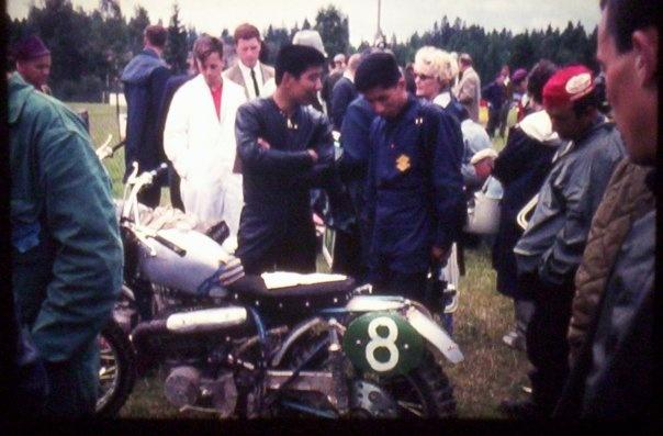 1965年7月25日Sweden HedemoraのモトクロスWGPで撮影されたもの  久保和夫さんと
