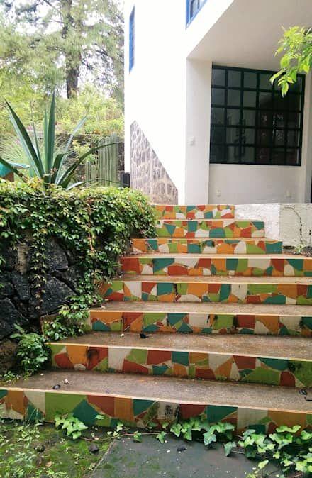 rustic Garden by Paisaje Radical