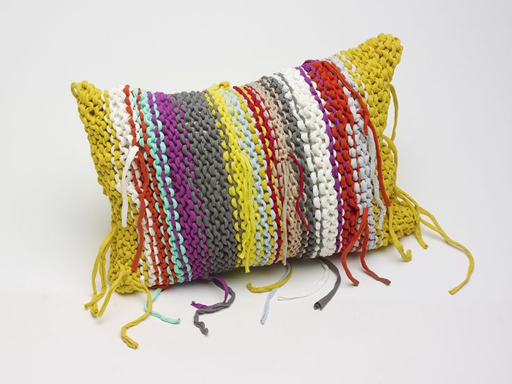 pillow: Tees Shirts, Cute Pillows, Knits Pillows, Tassels, Crochet Pillows, Crochet Cushions, Finland Cushions, Bohemian, Yarns Projects