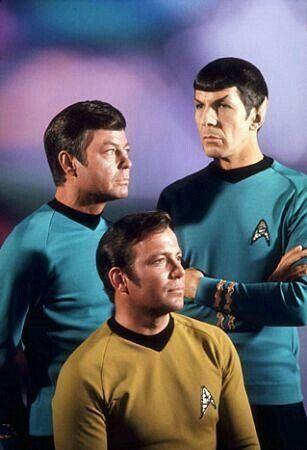 Star Trek TV Series (1966-1969) William Shatner, Leonard Nemoy & DeForest Kelly