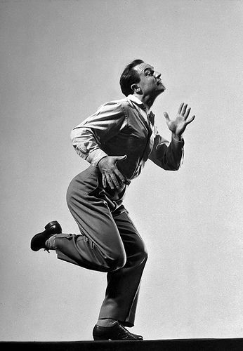 Gene Kelly dancing