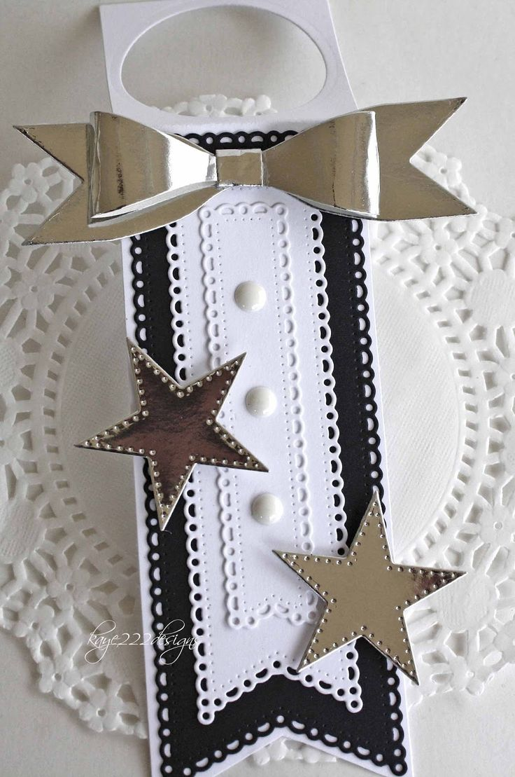 Happy New Year!!!   I hope everyone had a fun and safe New Year's Eve!   Today, I'm sharing a quick tag for a champagne bottle using s...