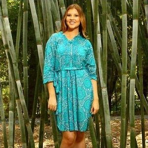 Improve your summer style by using unique kaftans from SequinsAndSand.