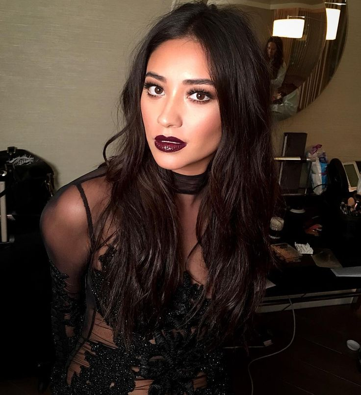 Pin By Shay On Hallway In 2019: Makeup Ideas & Beauty Tips In 2019