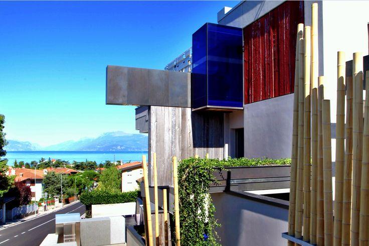 L'agenzia immobiliare #RossoGarda vende e affitta splendide case a Sirmione sul lago di Garda. Tutte le offerte immobiliari per Sirmione www.rossogarda.it/elenco/in_Vendita/Residenziale/tutte_le_tipologie/Sirmione/?idc=11507