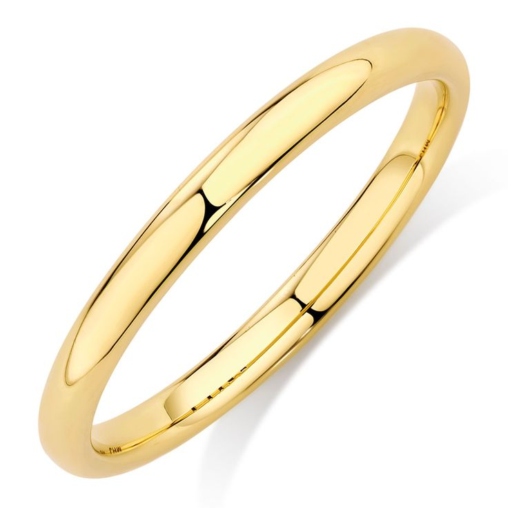 Make style a priority with this simple 10ct yellow gold stack ring. Plain and polished, you will find endless ways to wear it.
