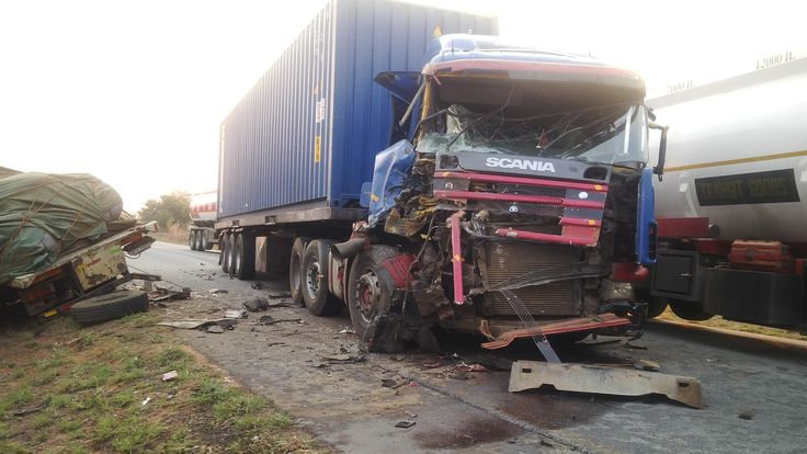 Arrived at this scene shortly after the accident occurred on the Mkushi-Serenje road. [Improve Safety on our Roads]