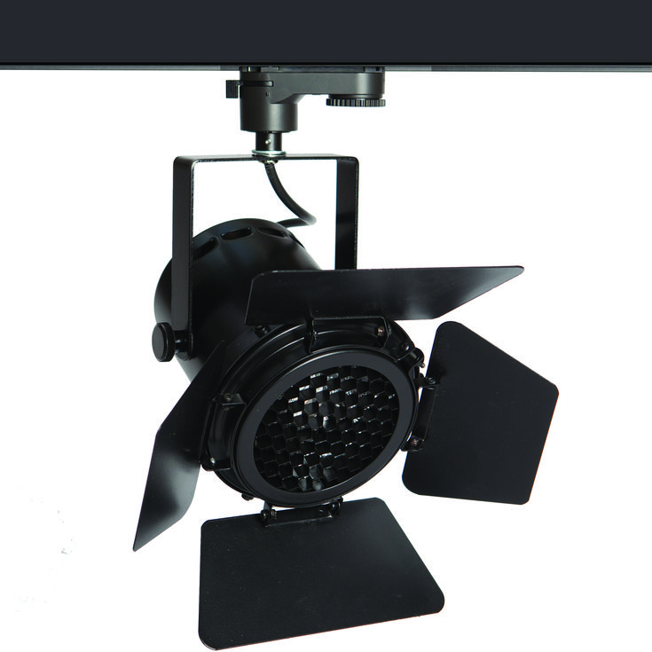 The TRi-PIN-LED in 'black' with barn doors and louvre [available as accessories] - from Photec Lighting #spotlight #led #light