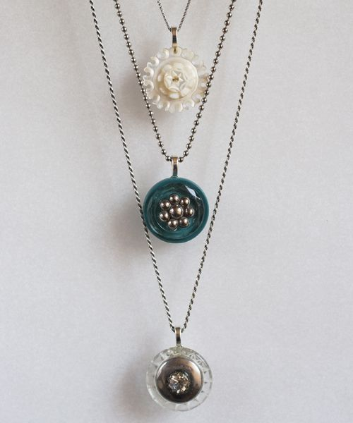 pretty vintage button necklaces