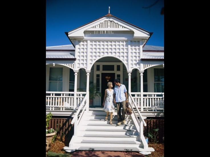 Large front stairs - Queenslander home