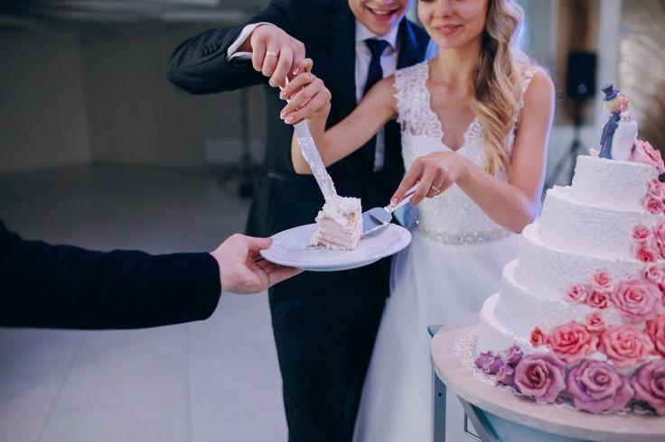 Makna Tersirat dari Budaya Memotong Kue Pengantin