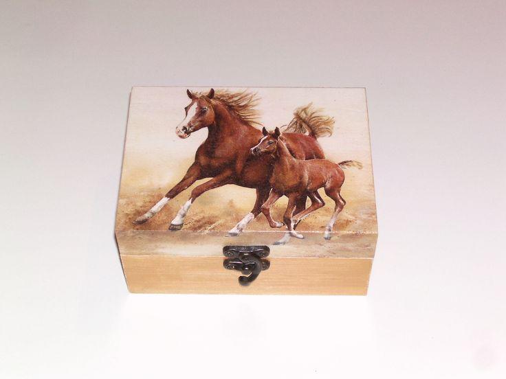 Les 25 meilleures id es de la cat gorie peintures de - Papier peint chevaux pour chambre ...