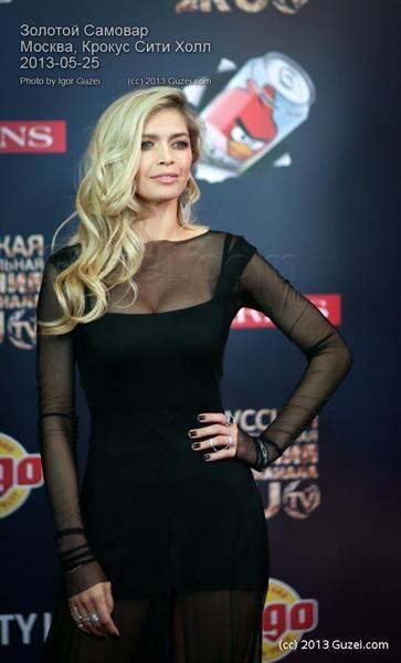 Черное платье брежневой фото