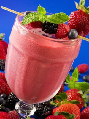10 Health Boosting Smoothies.  Brain Booster Berry Smoothie