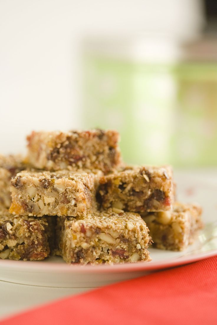 Snack time:  --> homemade granola bars, (which contain fiber-rich, whole-grain cereal and oats, chopped walnuts, dried fruit, and a handful of chocolate chips)  1 cup quick-cooking or old-fashioned oats  1 cup spoon-size shredded wheat cereal  1 cup walnuts  1 1/2 cups dried fruit  1/2 tsp ground cinnamon  1/2 tsp salt  2 large eggs  1/4 cup honey  1 tsp vanilla extract  1/4 cup mini semi-sweet chocolate ...