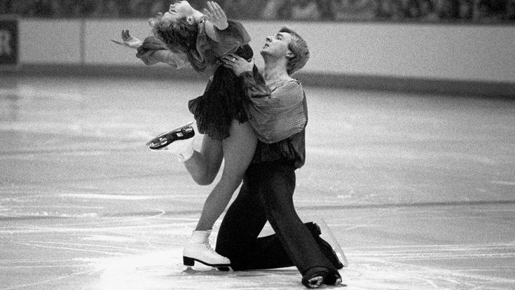 Nottingham's Olympic ice skating champions Torvill and Dean are in Sarajevo, where they won gold at the 30 years ago, to relive their Bolero performance.