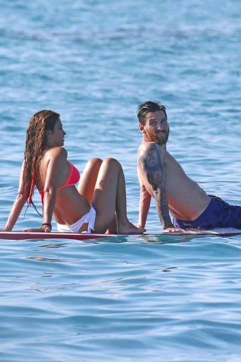 Lionel Messi and his longtime girlfriend (and mom to his two sons, Thiago and Mateo), Antonella Roccuzzo, took some time to relax aboard a yacht in Ibiza, Spain.
