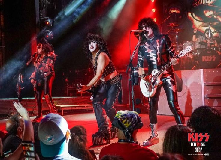 KISS Online :: Welcome To The Official KISS Website