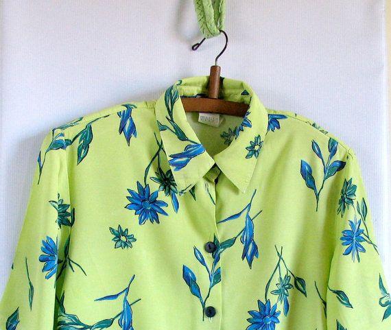 Vintage Wildflower Floral Blouse / Vintage Garden Floral Button Up / Vintage Secretary Blouse / Spring Floral Shirt
