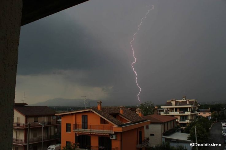 I got it! #rain #flashes #rome