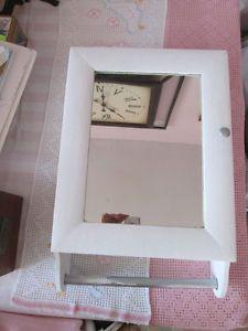 Pharmacie/armoire/ porte-serviette