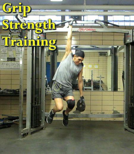Fitness Gloves In Spain: Grip Strength Training #calisthenics #bodyweight #climbing