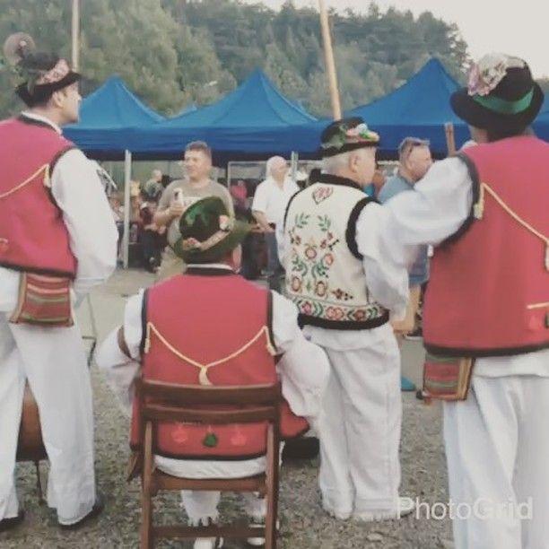 Piątek na Watrze! #VatraZdynia #Zdynia #watra #Vatra #lemko #festival #people #lemkovyna #singingdancing #góry #beskidniski #festiwal #malopolska #folk #mountains #visitus #karpaty #carpahian #euroregion