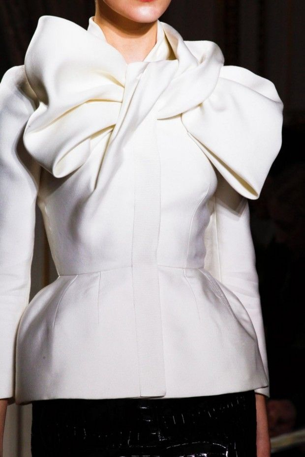 ❤️ Structured jacket with big draped bow; haute couture fashion details // Giambattista Valli