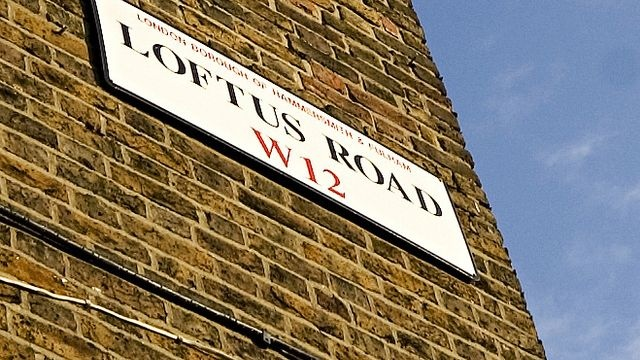 loftus road street sign
