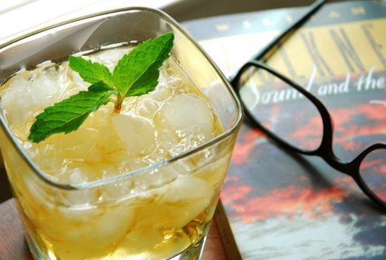 Kentucky Colonel Mint Julep: Maker's Mark, Kentucky Colonel mint, sugar cube, peach bitters