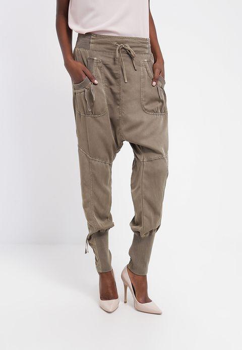 NANNA PANTS Spodnie materiałowe khaki @ Zalando.pl