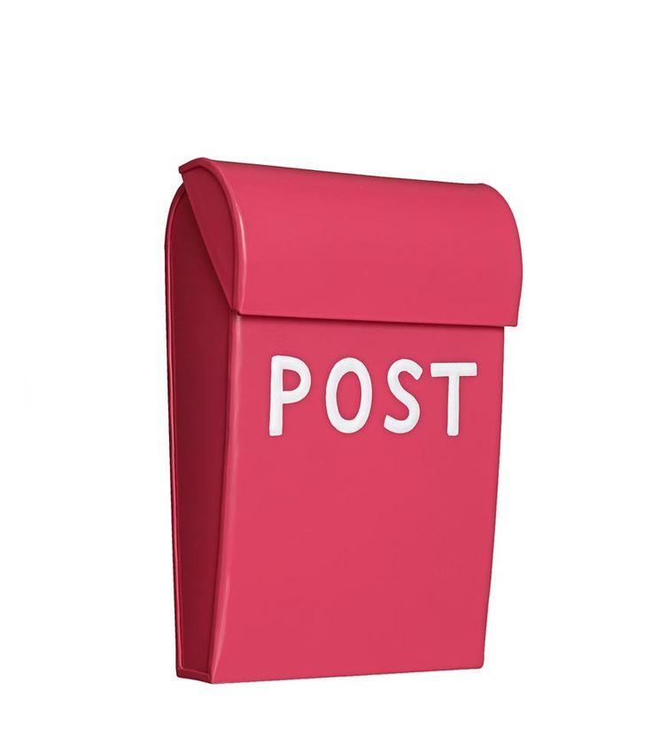 Postkasse til lekestua i samme farge som døra (peonrosa/bringebær) - Årets julegave fra oss!