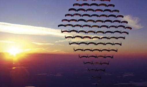 Extreme Photography: 15 Amazing Skydiving Photography