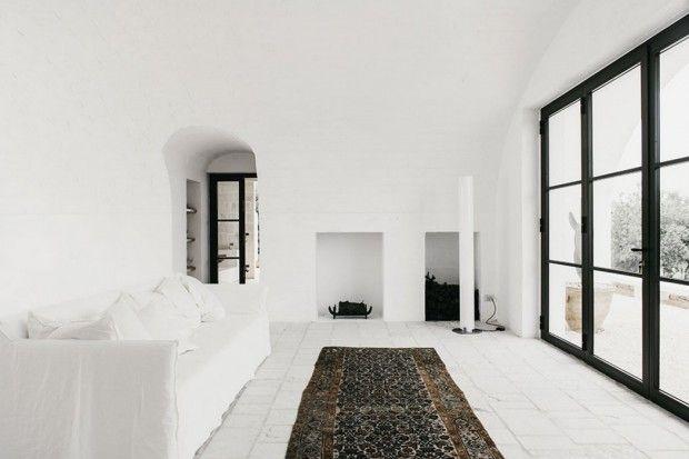 Conçue par Andrew Trotter, le fondateur du magazine Openhouse, la maison « Masseria Moroseta » est un refuge d'été situé dans la sublime région des Pouille