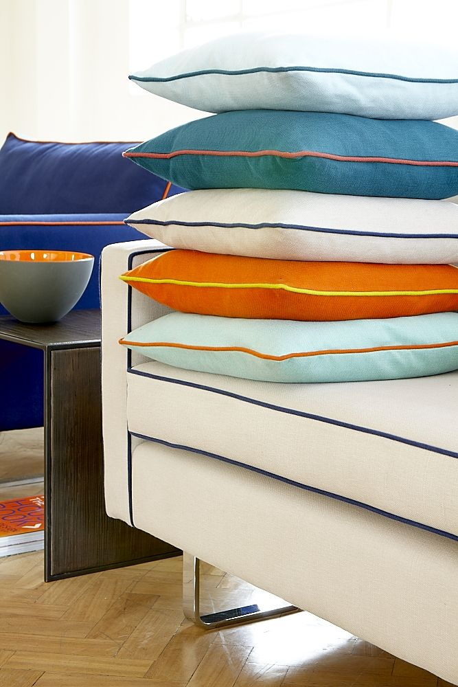 Piping in contrast colours adds great impact to soft furnishings, accent pillows, drapery, linens, etc.  Go 4 it!