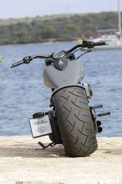 "Racing Cafè: Harley ""Ex Cross Bones"" by Rick's Motorcycles."