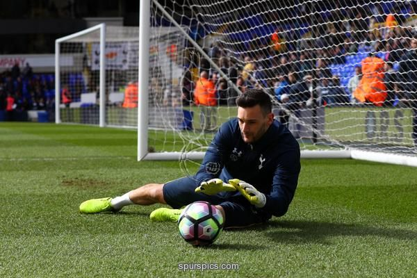 LONDON, ENGLAND - MARCH 19: Hugo Lloris of Tottenham Hotspur warms up prior to the Premier League match between Tottenham Hotspur and Southampton at White Hart Lane on March 19, 2017 in London, England. (Photo by Ian Walton/Getty Images)