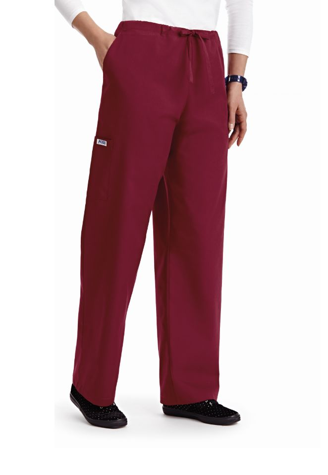 Basic Drawstring Scrub pant, featuring a straingt leg cut, 2 side pockets, 2 cargo pockets, and 1 back pocket.