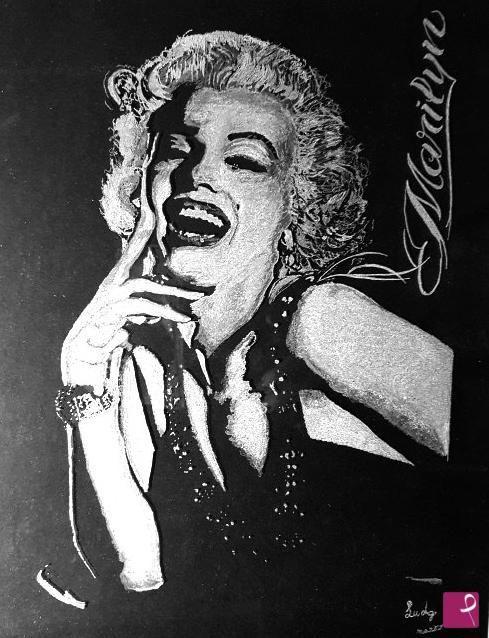 Marilyn Monroe  Incisione a mano su vetro di Lucia Di Giacinto