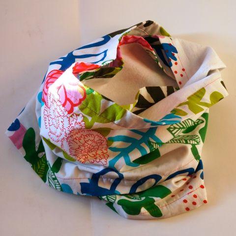 Virágos-madaras nyakmelegítő, Ruha, divat, cipő, Kendő, sál, sapka, kesztyű, Sál, Gyerekruha, Meska